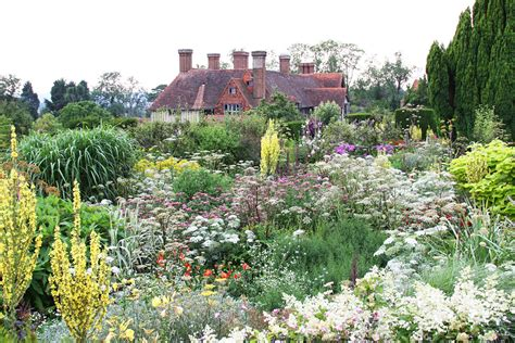 Plants and planting | Great Dixter