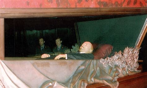 Russia 'preparing to bury Lenin' after displaying the